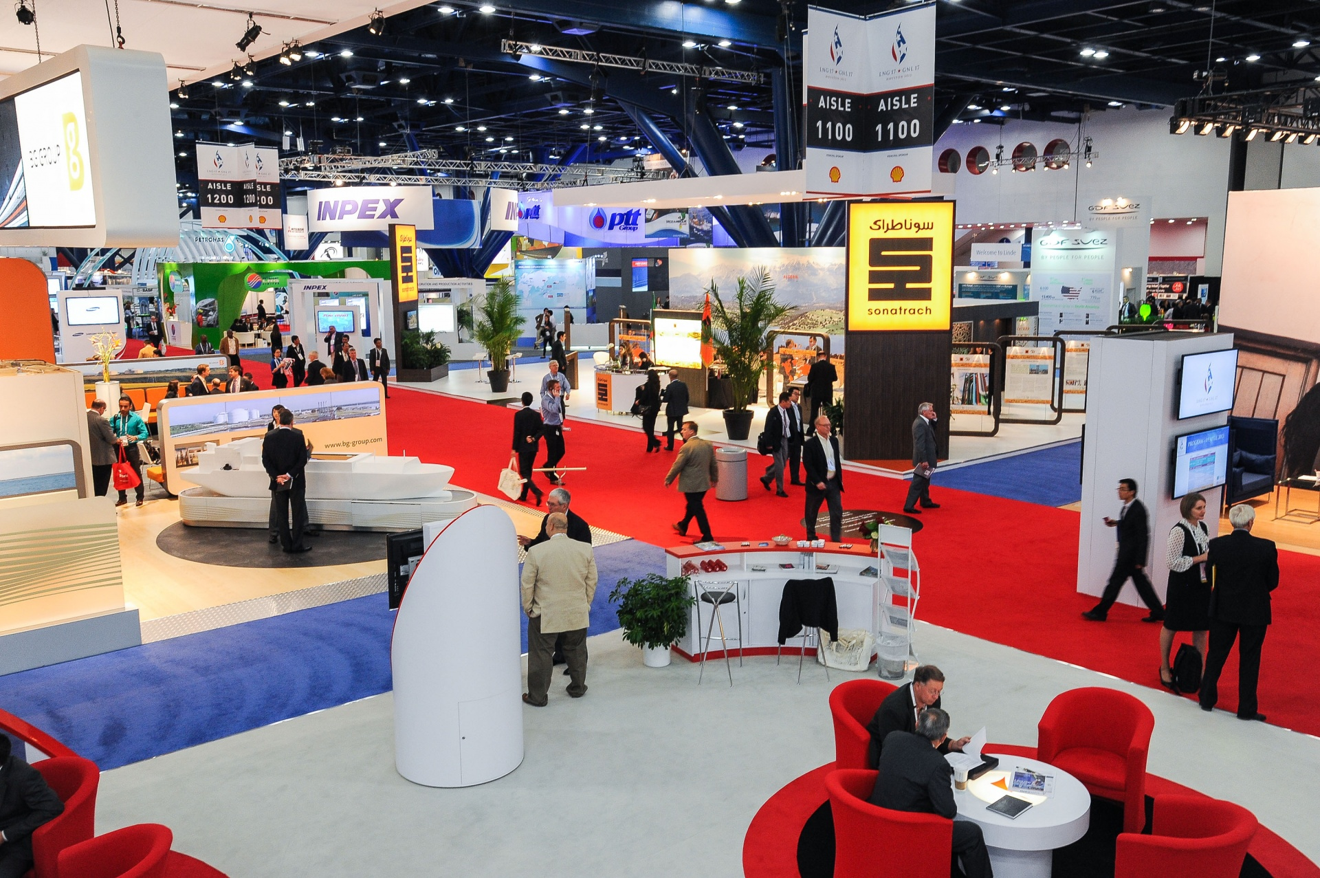 10 trade show tips for exhibition stands nexus for Trade exhibition